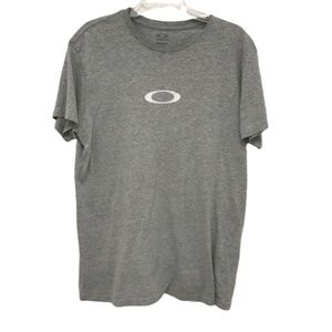 Oakley light grey minimalistic tee size large